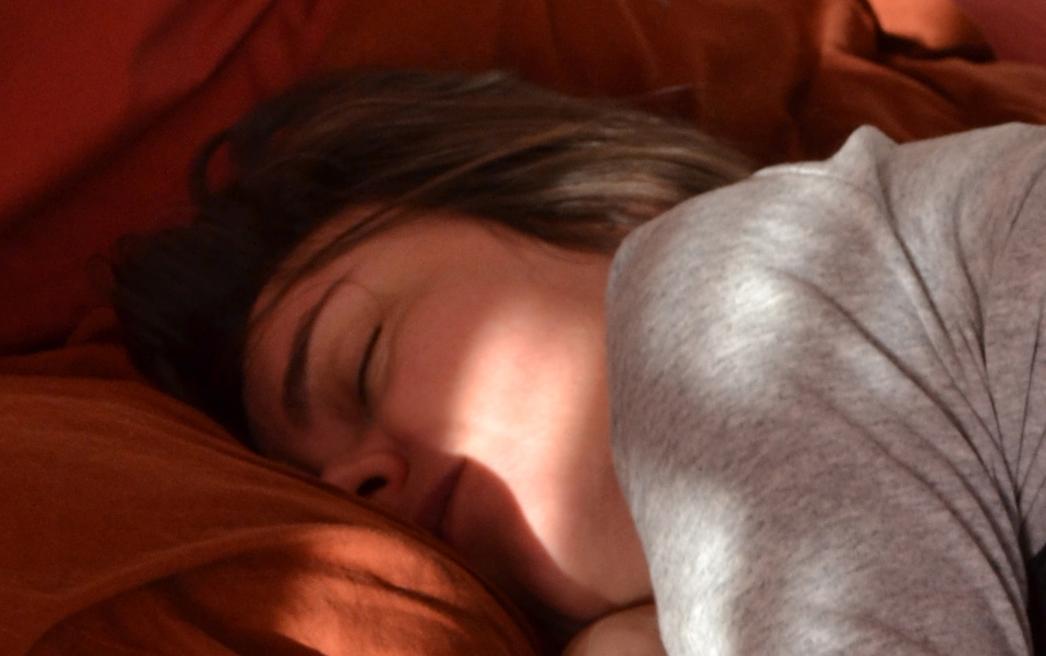 anne_dorme_12_str